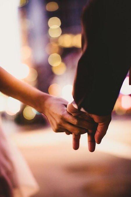 4 Painful Truth No One Tells You About Long-Distance Relationship