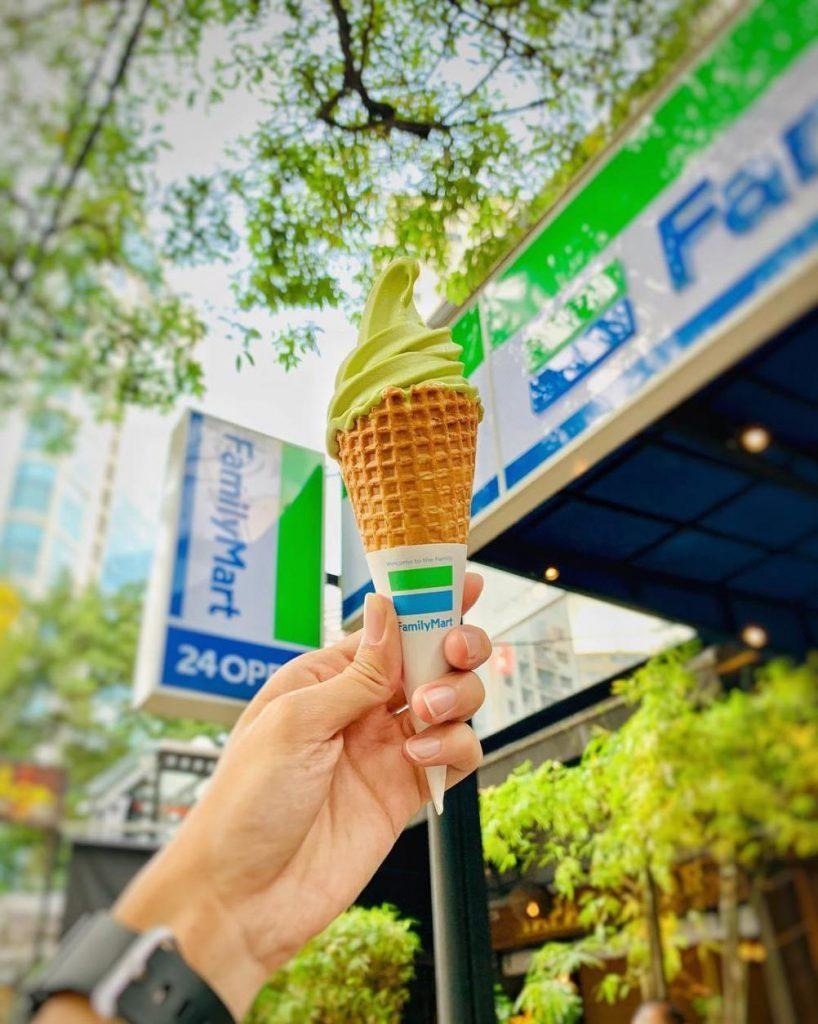 Why M'sians Love Going To Family Mart Over 7-Eleven?