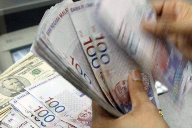 No More RM2 Fee for Over-The-Counter Transactions At The Banks