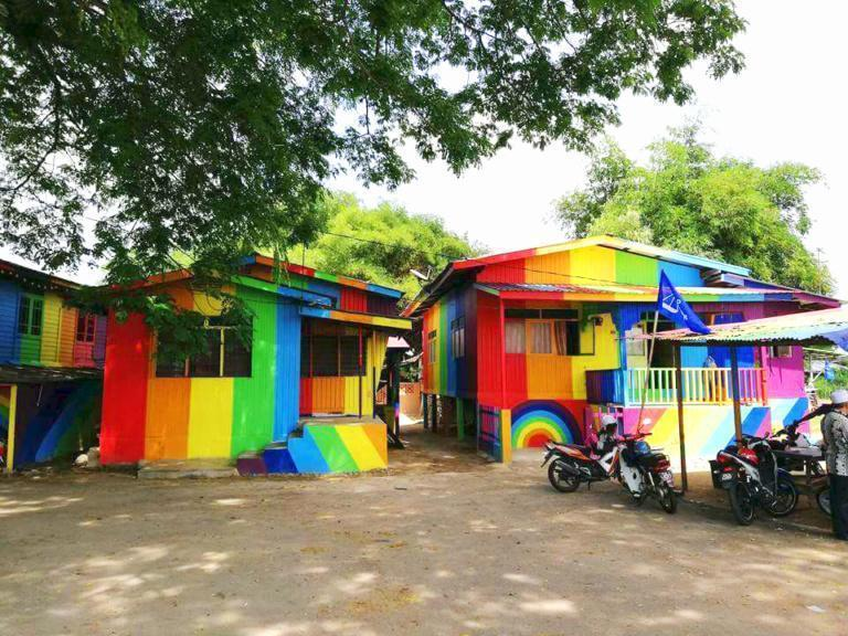 A Must-Visit Rainbow Village If You Are Travelling to Kelantan
