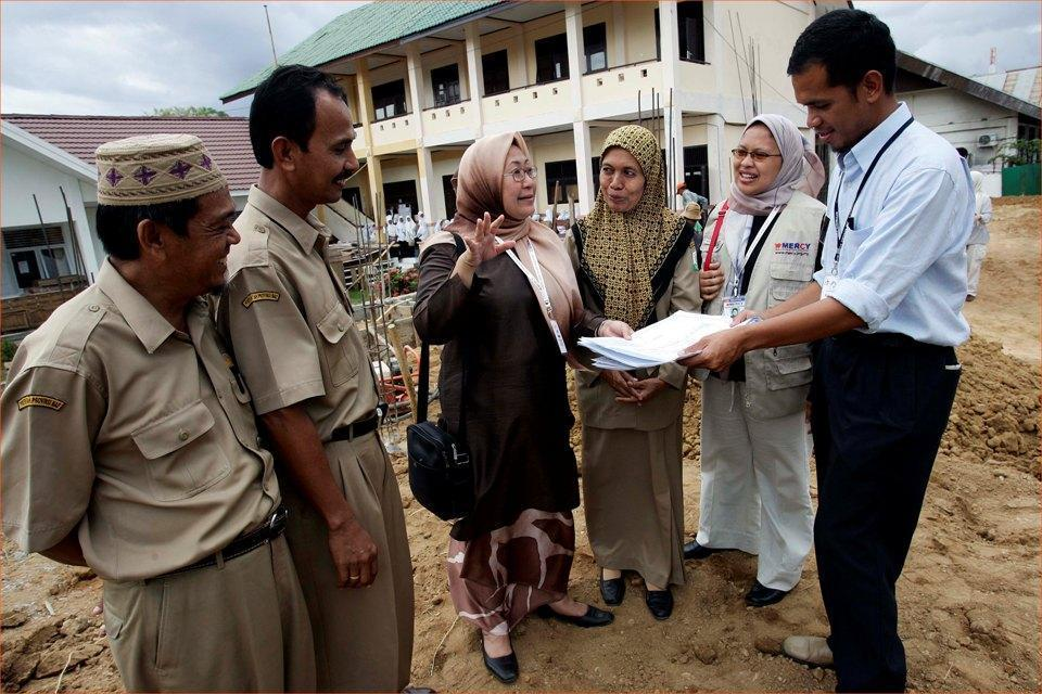 The Story of MERCY Malaysia Founder, Dr Jemilah Who Was Shot But Continued Saving Lives