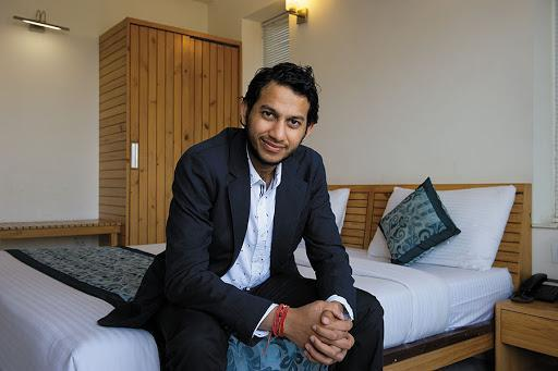 This World's Youngest Billionaire Has 43,000 OYO Hotels and Made  billion at The Age of 24