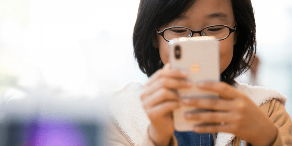 Parents Can Request For Free Mobile Phones To Let Their Kids Access e-Learning During MCO