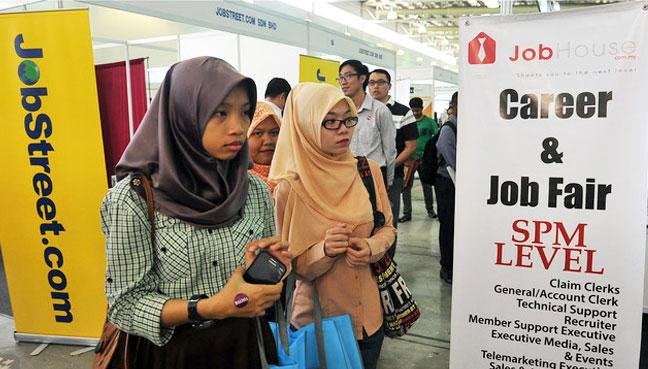 More Than 600,000 M'sians Jobless In March Due To MCO